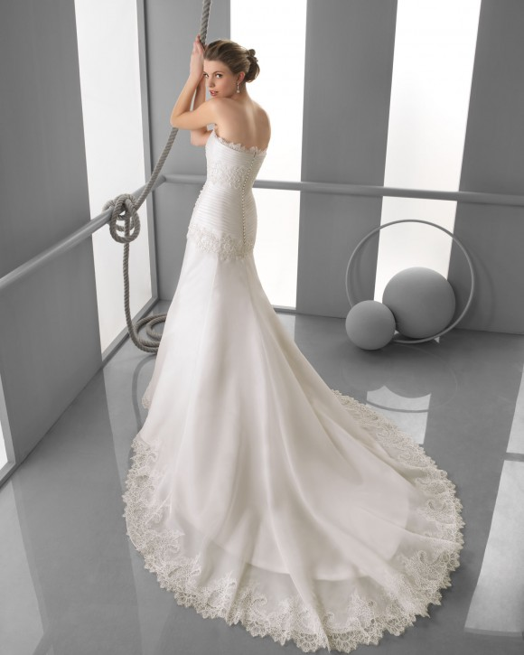 collection-robes-de-mariee-espagnol-alma-novia-5-01